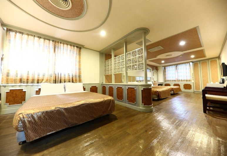 Li Gang Hotel I, Taichung, Family Room - 6 persons, Guest Room