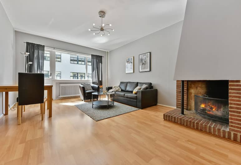 Forenom Serviced Apartments Oslo Rosenborg , Oslo, Budget One-Bedroom Apartment For Four with Balcony, Stue