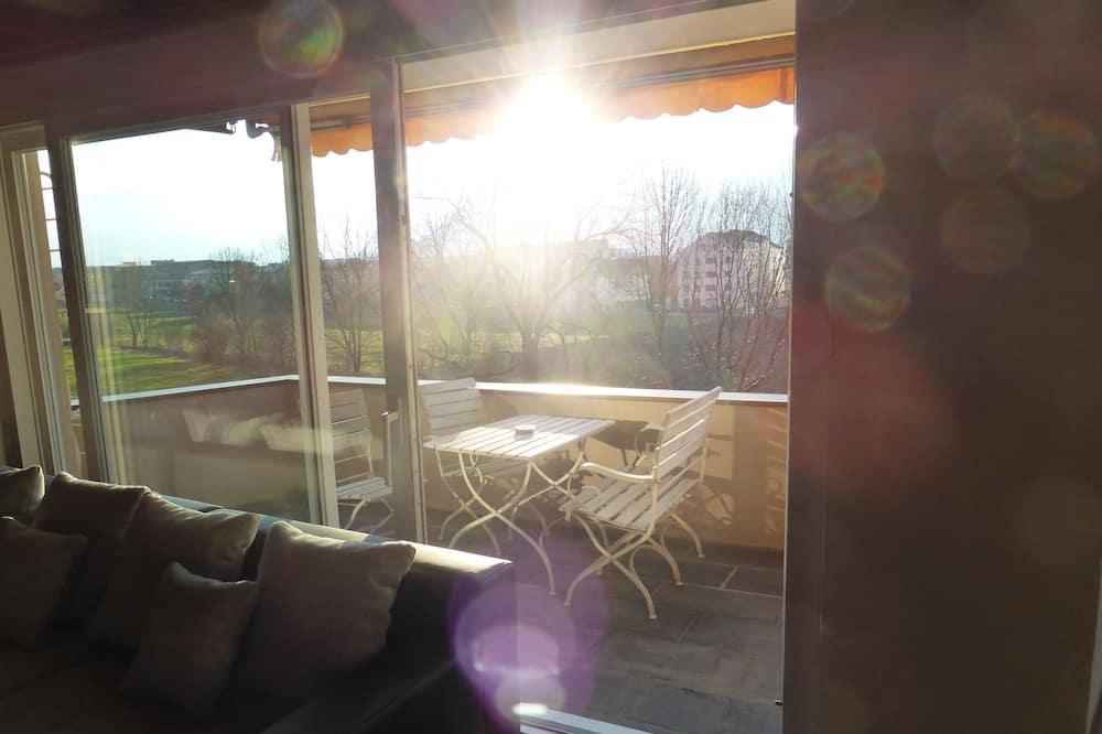 Apartman, 1 bračni krevet i kauč na rasklapanje, balkon, pogled na planinu - Balkon