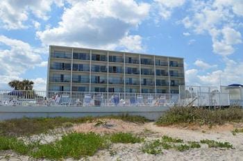 Ormond Beach bölgesindeki Traders Inn Beach Club resmi