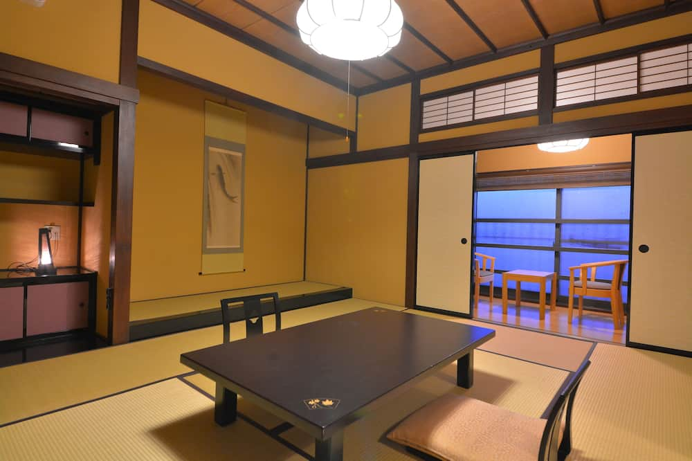 Modern Japanese Style with No Private Bath, Non Smoking (Max 3 Person)(No meal service) - In-Room Dining
