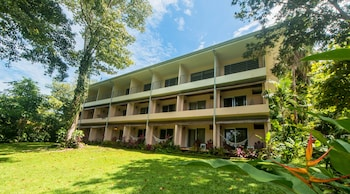 Picture of Karahe Beach Hotel in Manuel Antonio