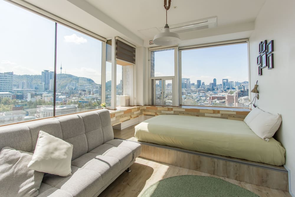 Exclusive event Apartment Space with 8 rooms - Номер