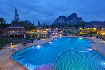 Picture of Poonsiri Resort in Krabi