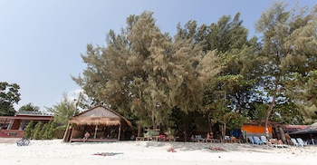 Picture of Green View Beach Resort in Koh Lipe