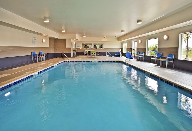 Holiday Inn Express & Suites Ann Arbor West, Ann Arbor, Pool