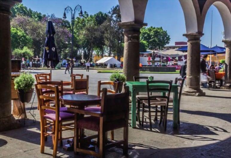 Hotel Calli Quetzalcoatl, San Pedro Cholula, Restaurante al aire libre