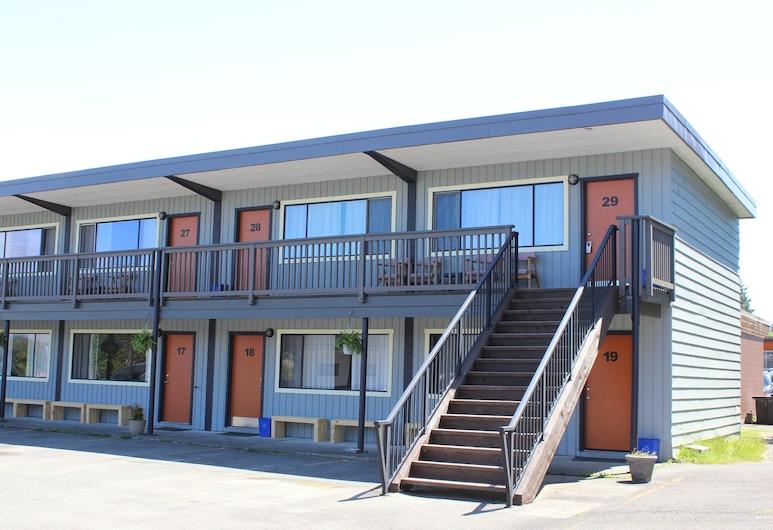 Ukee Peninsula Motel, Ucluelet, Fachada do Hotel
