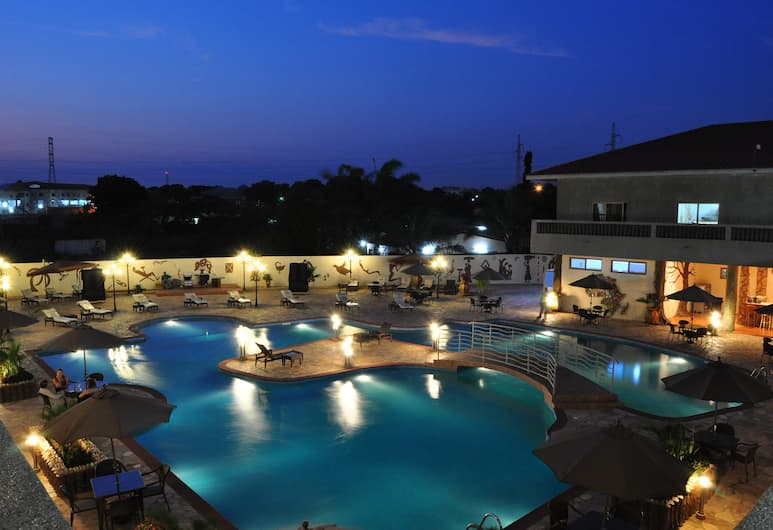 Mensvic Grand Hotel, Accra, Outdoor Pool