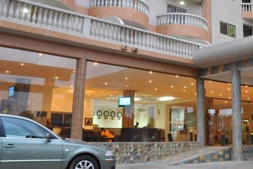 Book Mensvic Grand Hotel In Accra Hotels Com