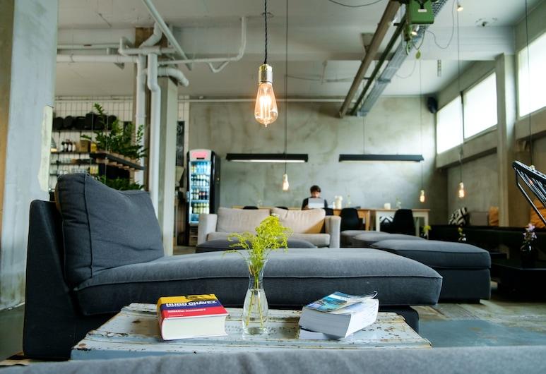 Wallyard Concept Hostel, Berlino, Salottino della hall