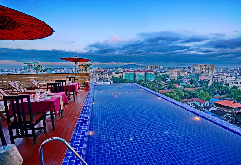 Hotel Yadanarbon, Mandalay, Luxusný bazén