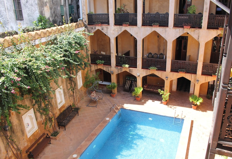 Mizingani Seafront Hotel, Zanzibar Town, Double Room, City view, Balcony View