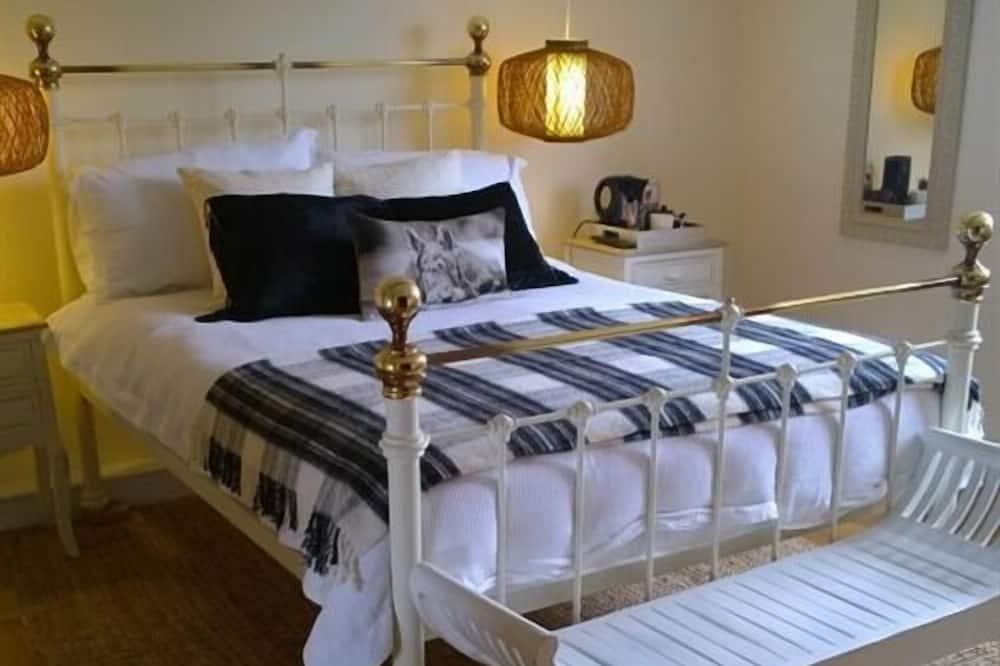 Deluxe Double Room, Ensuite - Guest Room