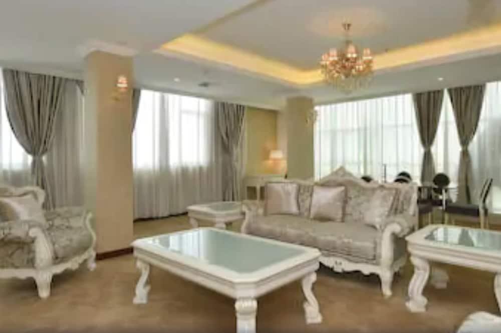 Phòng Suite Executive - Khu phòng khách