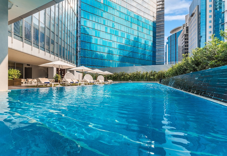 Ascott Bonifacio Global City Manila, Taguig, Outdoor Pool