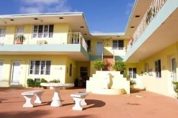 Picture of Sorrento Villas in Miami Beach
