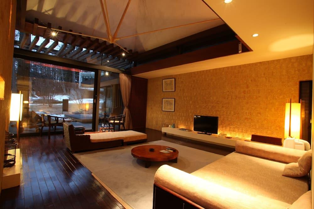 ห้องสวีท (Dinner:Teppanyaki,Adult Only,Twin Bed) - พื้นที่นั่งเล่น