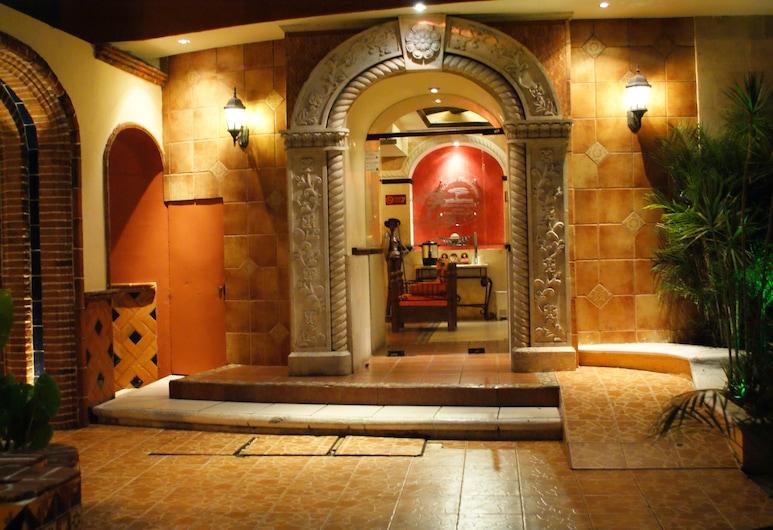 هوتل سويتس فلامبويانز, Mérida, مدخل الفندق