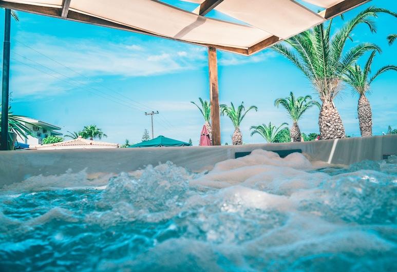 莫菲亞斯酒店, 科孚島, 室外 SPA 浴池