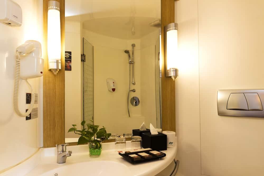 Standard Oda, 2 Tek Kişilik Yatak - Banyo