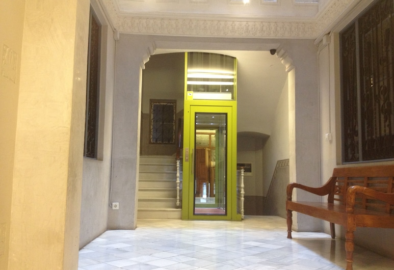 Fuster Apartments by Aspasios, Barselona, Lobi