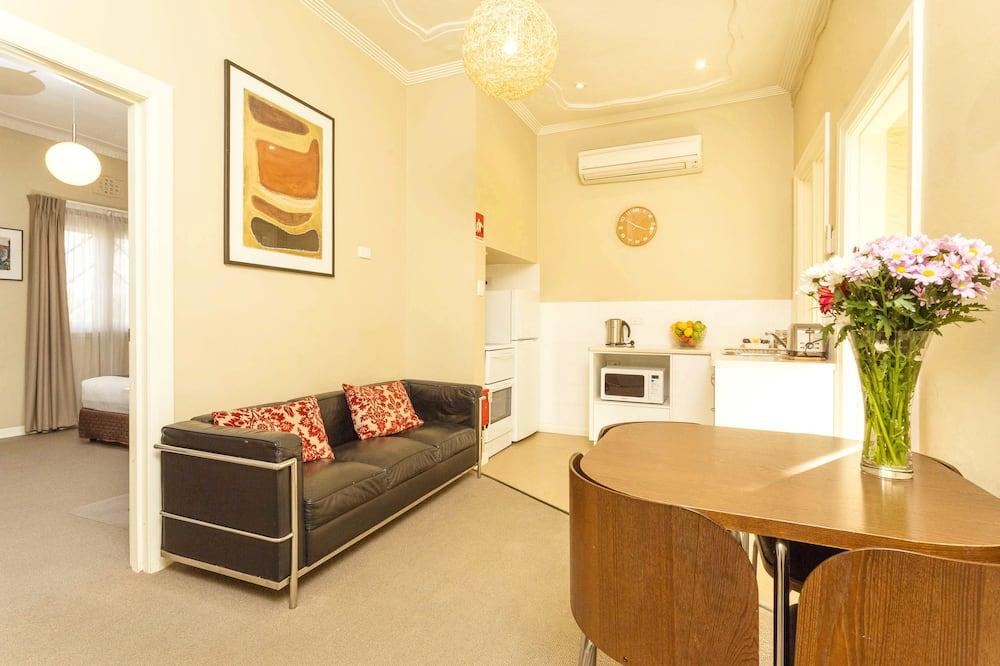 Апартаменты «Сити», 1 спальня, для некурящих - Гостиная