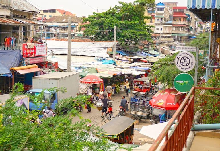 Riverside Backpackers, Phnom Penh, Kamer, Balkon