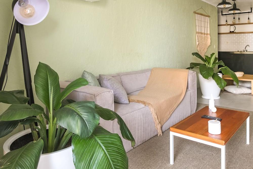One-Bedroom Apartment - Phòng khách