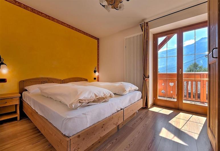 Active Hotel Garni dal Bracconiere, Dimaro Folgarida, Žemesnės liukso klasės numeris, Svečių kambarys