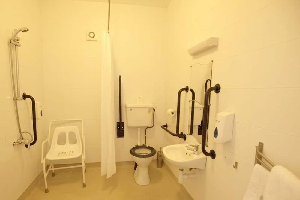 Triple Room, Ensuite (Disabled  Room) - Bathroom
