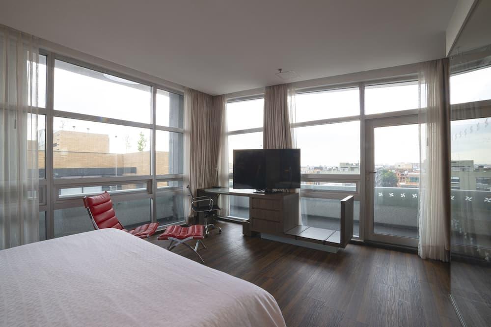 Полулюкс, 1 двуспальная кровать «Кинг-сайз», для некурящих (Club Level) - Вид на город