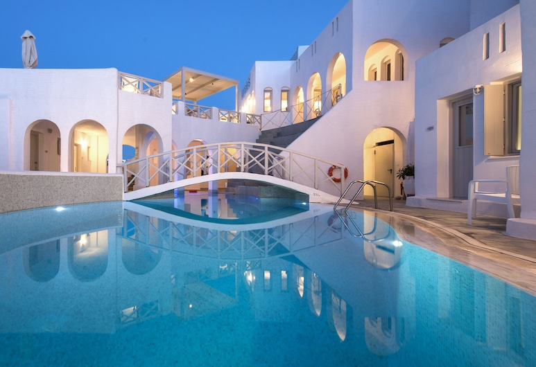 Kanale's Rooms and Suites, Paros, Outdoor Pool