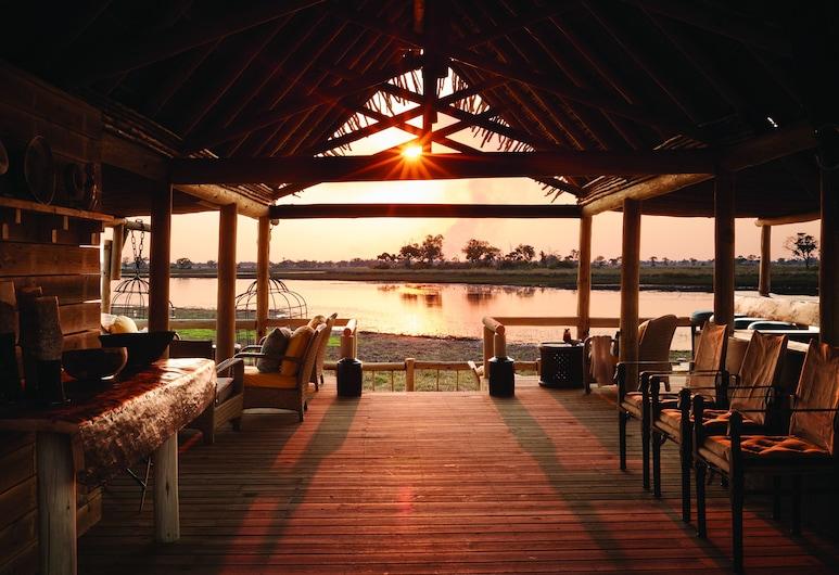 Belmond Safaris, Chobe National Park, Restaurant