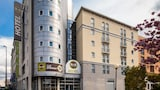 Book this Free wifi Hotel in Bondy