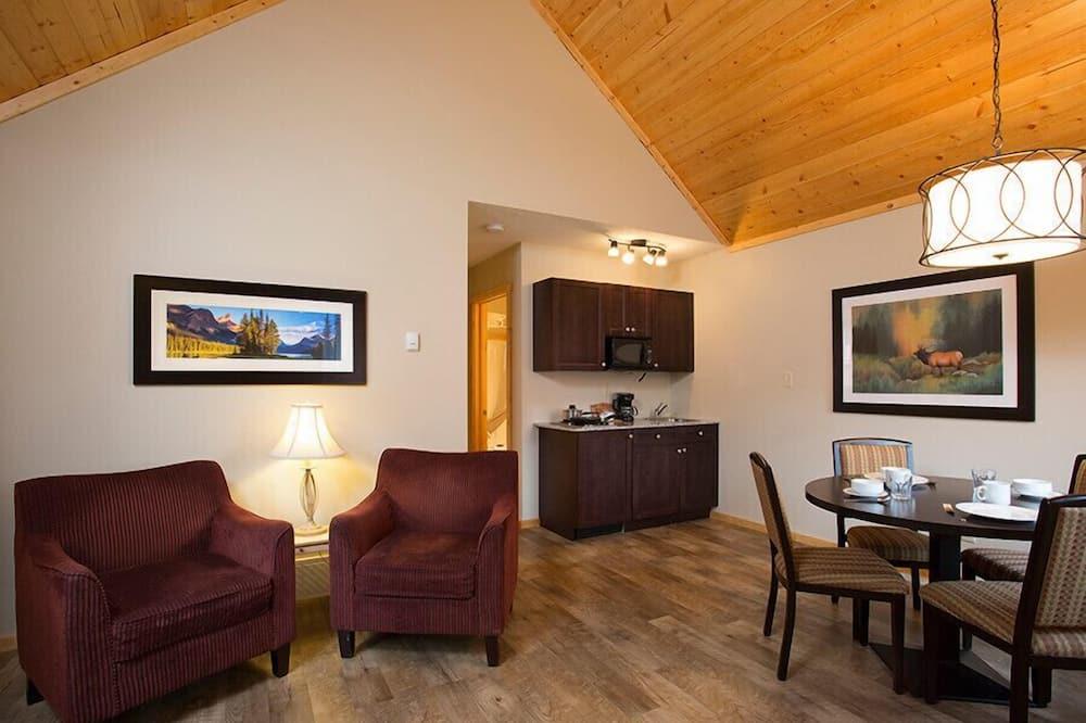 Cabin, 1 Bedroom, Kitchen - Living Room