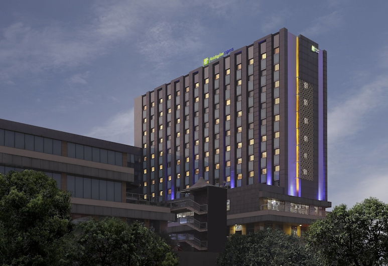 Holiday Inn Express Gurugram Sector 50, Gurgaon