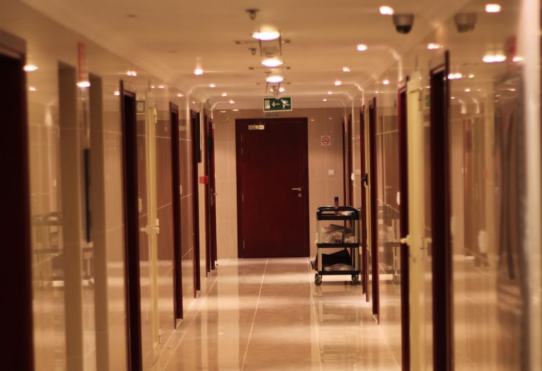 Africana Hotel, Dubajus, Koridorius