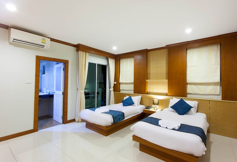 The Bluewater Hotel, Patong, Standard Room, Twin Bed, Guest Room