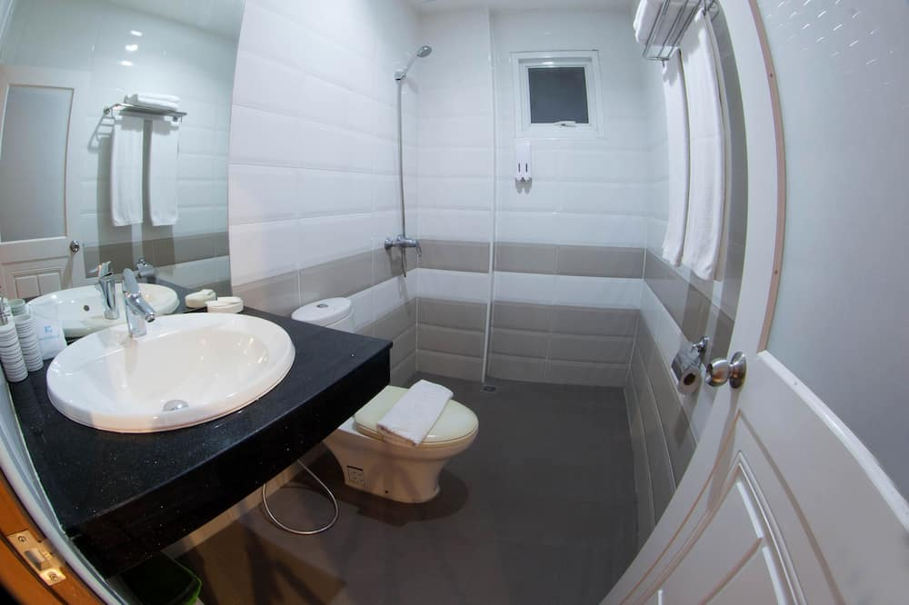 Standard Room, Twin Bed - Salle de bain