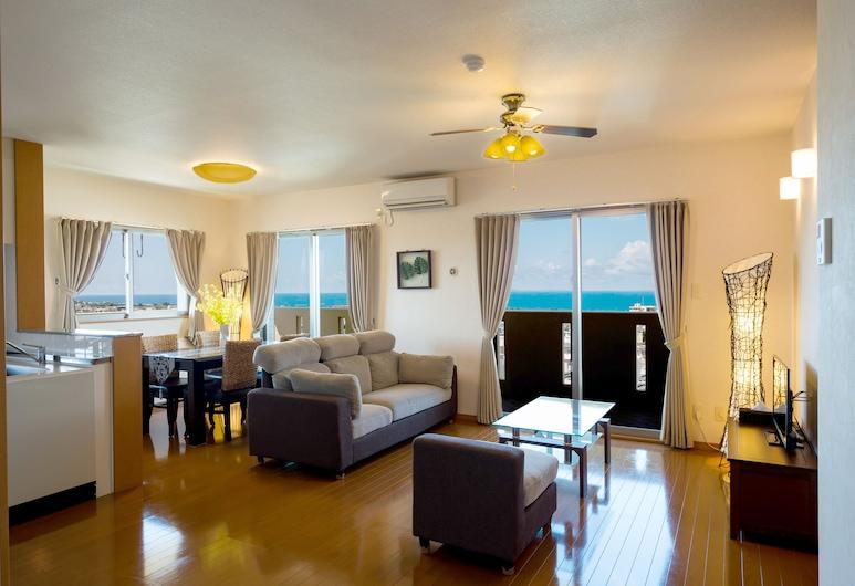 United Resort Yomitan, Yomitan, Luxury-Suite, 2Schlafzimmer, Küche, Meerblick, Wohnzimmer