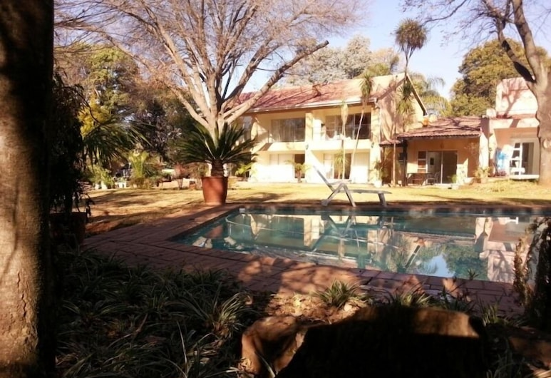 Anka Lodge, Sandton, Outdoor Pool