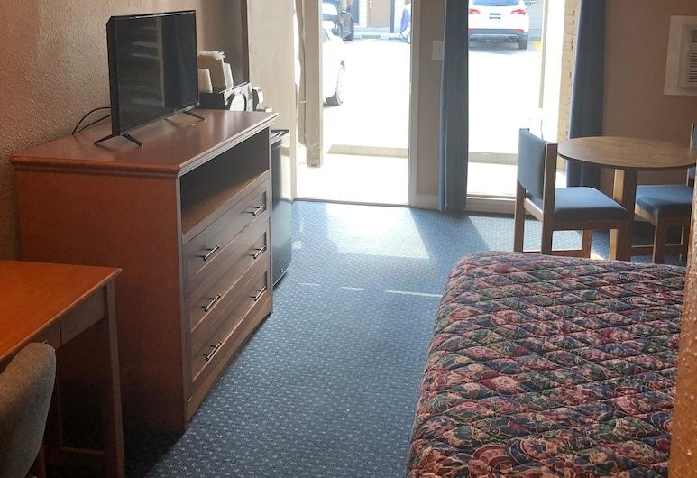 康瑟爾崖美國旅館, 康索布魯夫斯, 標準客房, 1 張加大雙人床, 非吸煙房, 冰箱和微波爐, 客房