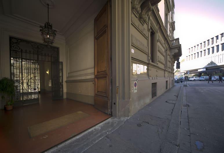 Astrid Hotel, Florence, Pintu Masuk Hotel