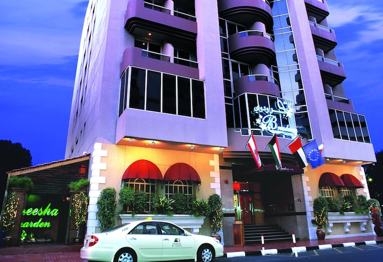 Broadway Hotel, Dubajus