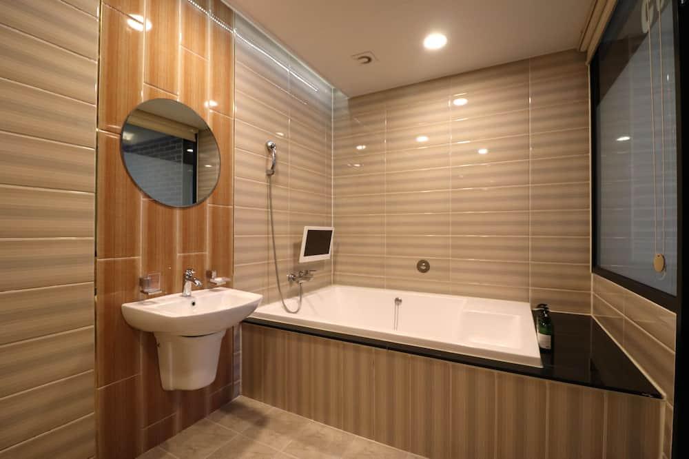 Dvojlôžková izba typu Deluxe (Free Netflix) - Kúpeľňa