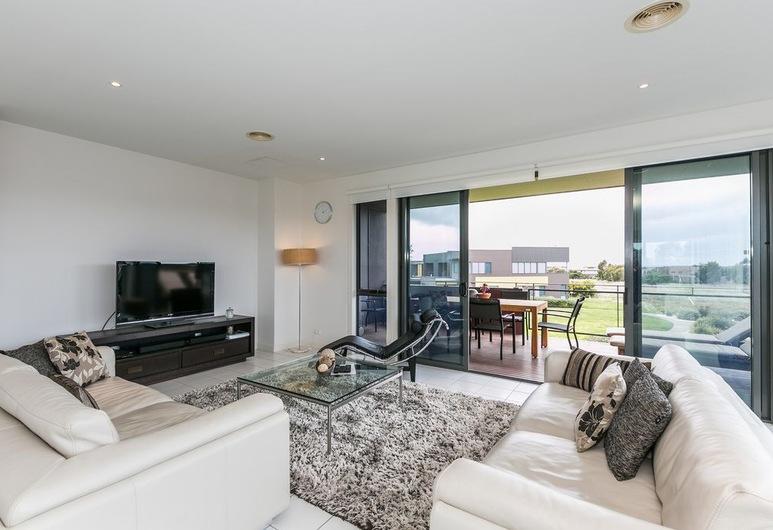 Beach & Golf Stays Torquay, Torquay, דירה, 4 חדרי שינה (1 Coast Drive ), אזור מגורים