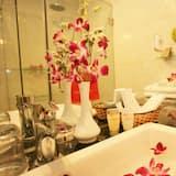 Suite Lune de Miel - Lavabo de la salle de bain