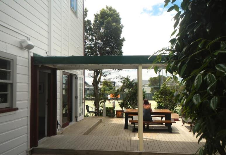 The Dwellington - Hostel, Wellington, BBQ/Picnic Area