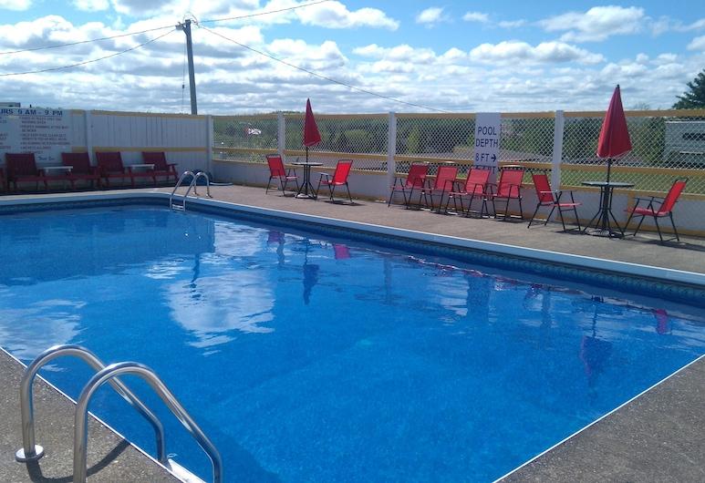 Oasis Motel & Campground, Antigonish, Outdoor Pool